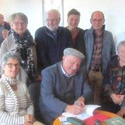Albert Delamarre ancien maire de Pleumeleuc à dédicacé son livre à la médiathèque samedi 29-10-2018